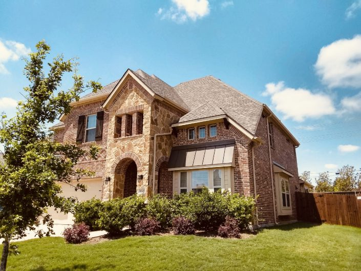 Roofing Contractors in DFW